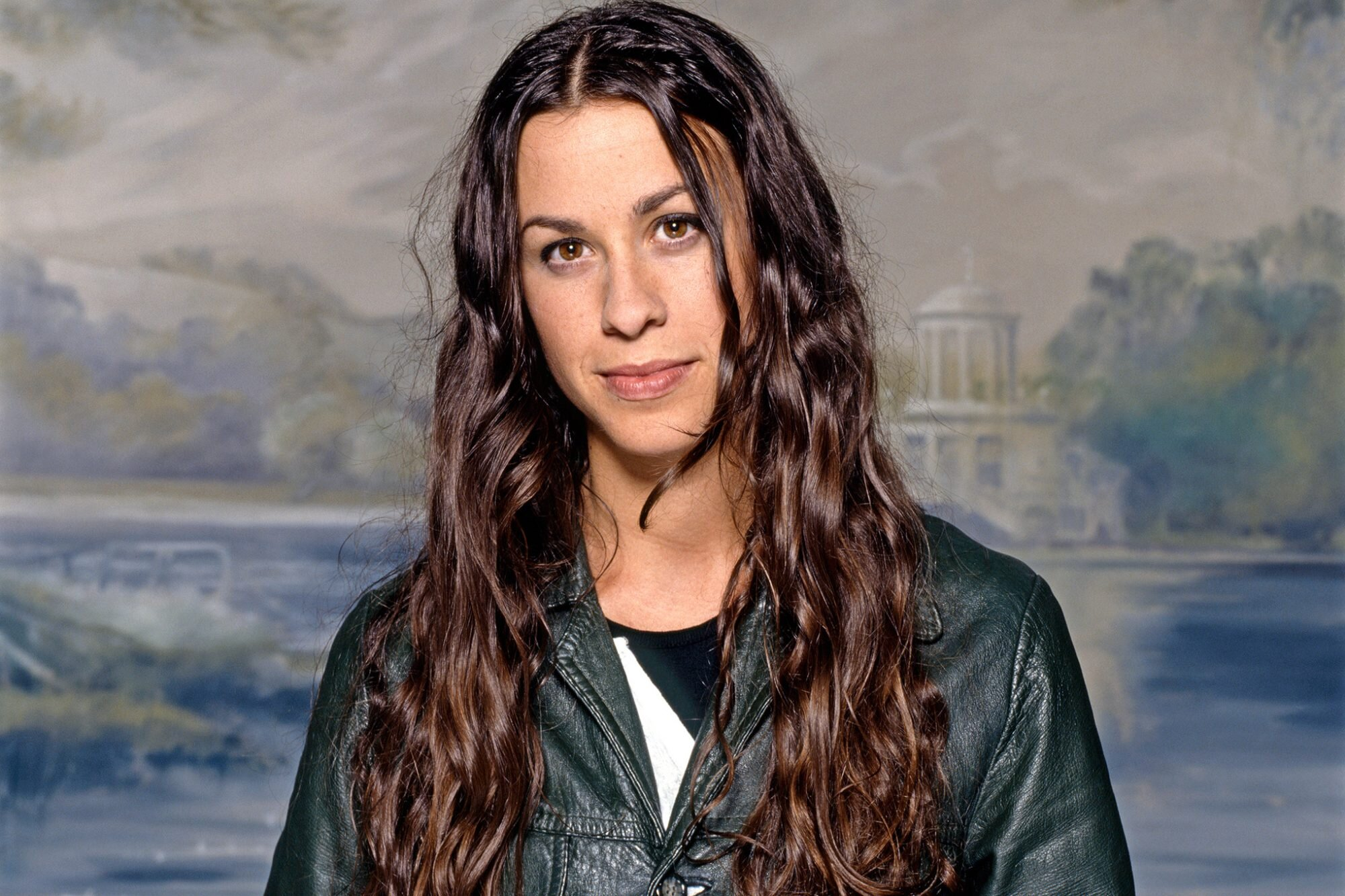 20 years later, what do we remember most about Alanis Morissette's Jagged  Little Pill   EW.com