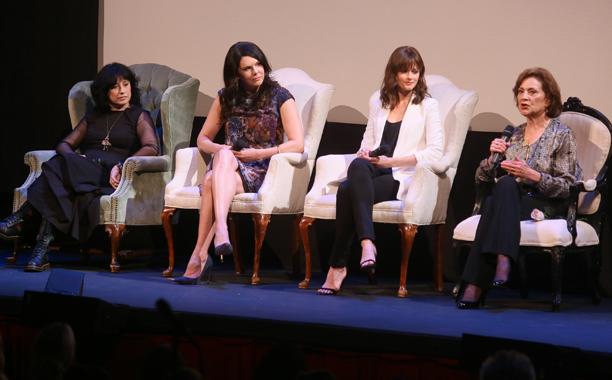 Amy Sherman-Palladino, Lauren Graham, Alexis Bledel, Kelly Bishop