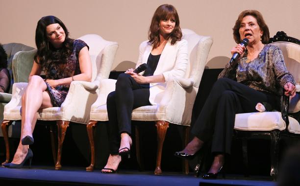 Lauren Graham, Alexis Bledel, Kelly Bishop