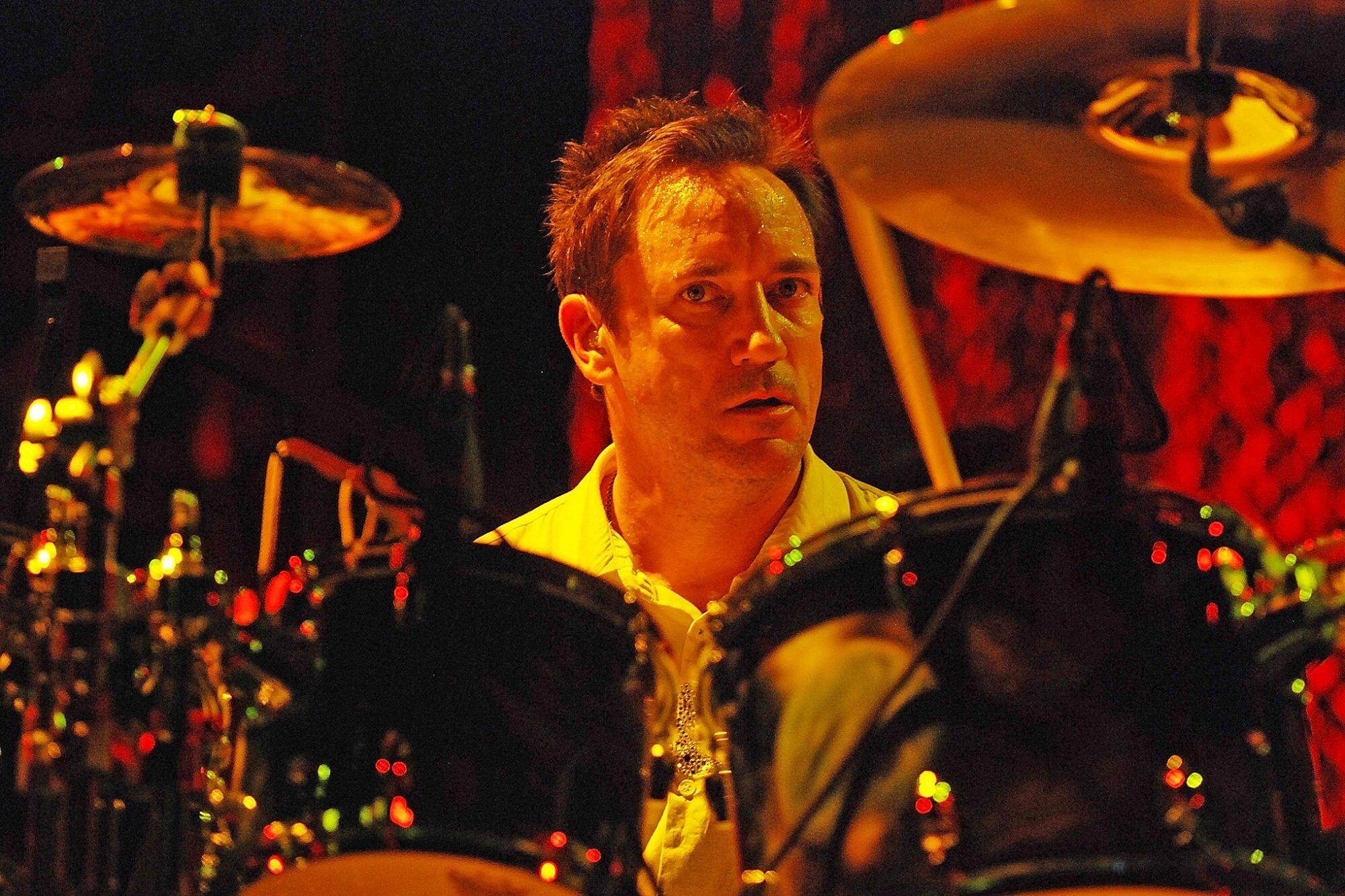 Smashing Pumpkins original drummer Jimmy Chamberlin to rejoin band for  summer tour | EW.com