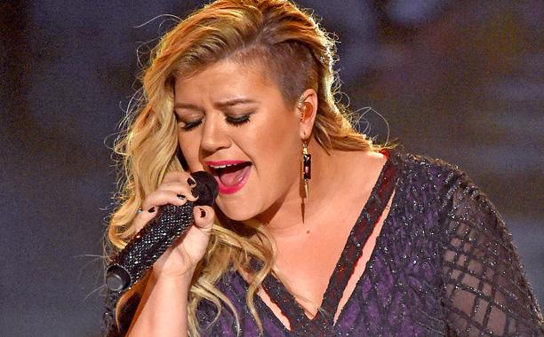 "Kelly Clarkson, ""Invincible"""