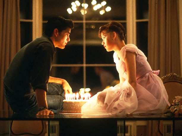 It's tough to turn 16. But when your entire family forgets your birthday, it only makes that day worse. Molly Ringwald puts on a brave…