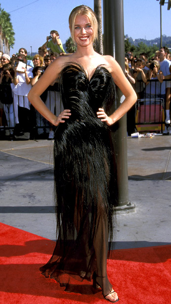 MTV Video Music Awards | Someone call PETA, Rebecca Romijn skinned Cousin Itt! In 1998, the then host of MTV's House of Style was a major fashion fail in this…