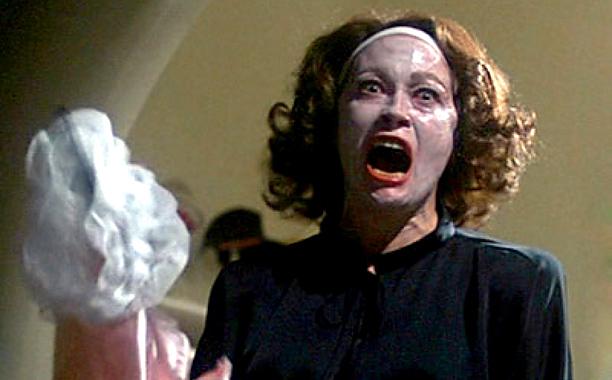 Joan Crawford, Mommie Dearest (1981)