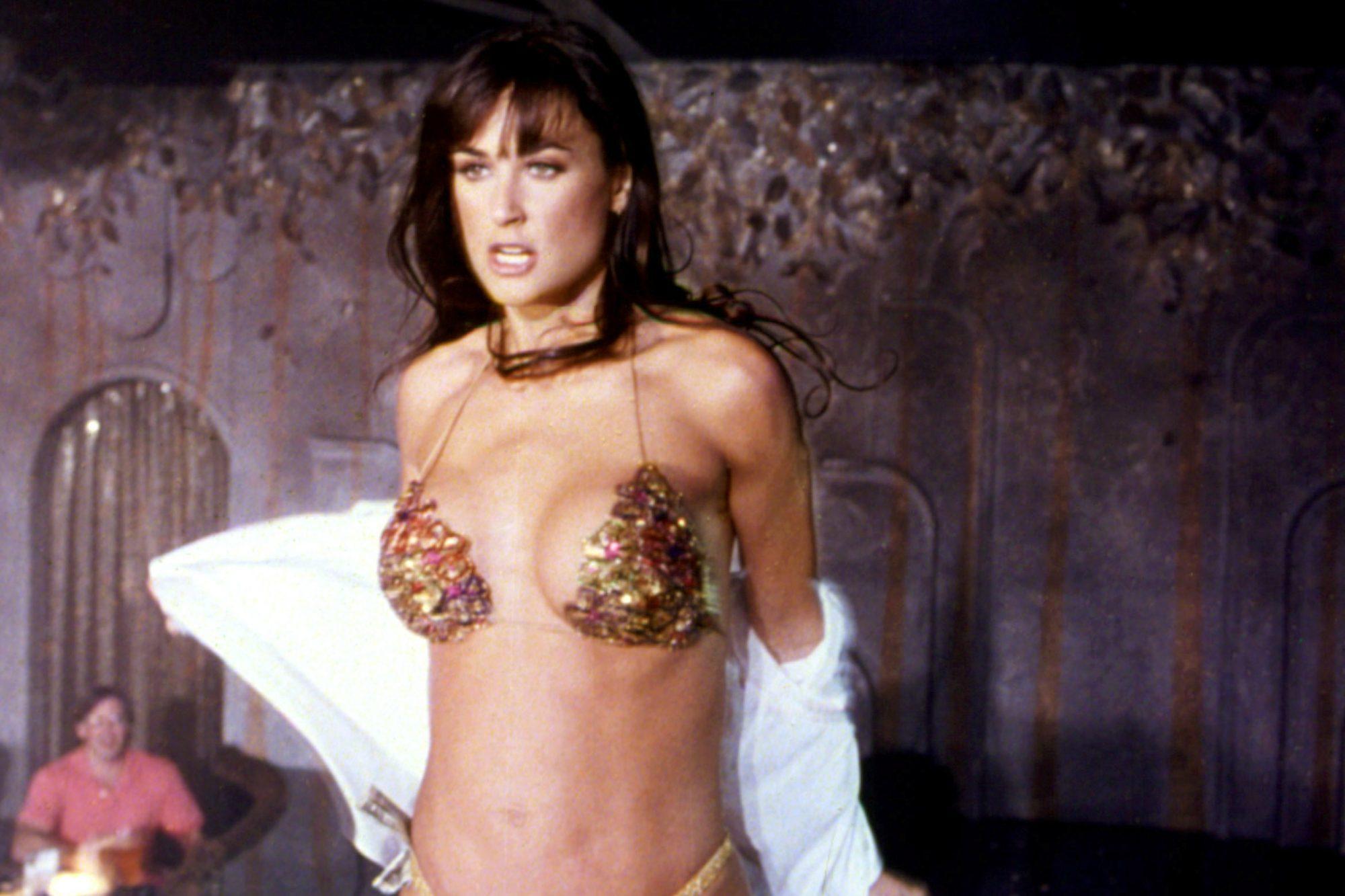 STRIPTEASE, Demi Moore, 1996