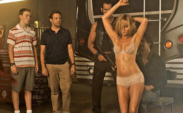 "Sarah ""Rose"" O'Reilly (Jennifer Aniston)"