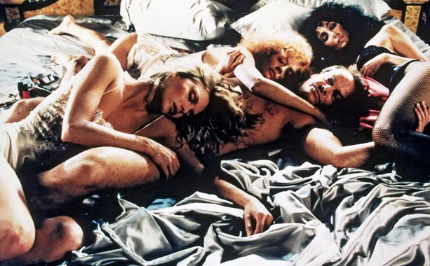 Cher, Jack Nicholson, ...   The actresses make for a bewitching trio in this 1987 film, based on the John Updike novel. After falling prey to a devilish stranger (Jack…