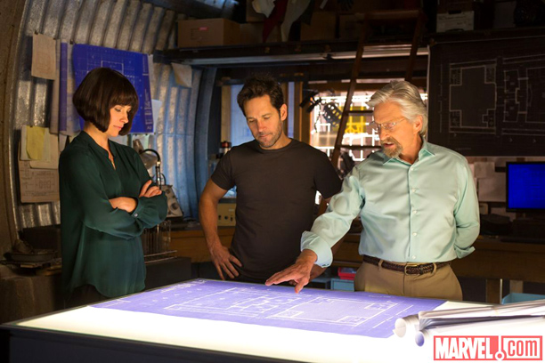 Hope (Evangeline Lilly), Scott (Paul Rudd), and Hank (Michael Douglas) strategize