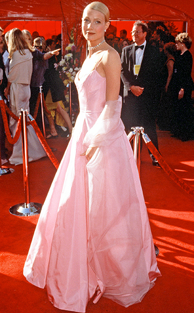 Gwyneth Paltrow in Ralph Lauren, 1999 Academy Awards
