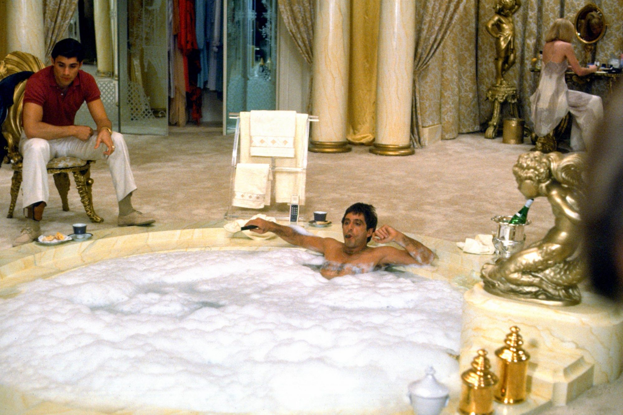SCARFACE, Steven Bauer, Al Pacino, Michelle Pfeiffer, 1983, (c) Universal/courtesy Everett Collectio