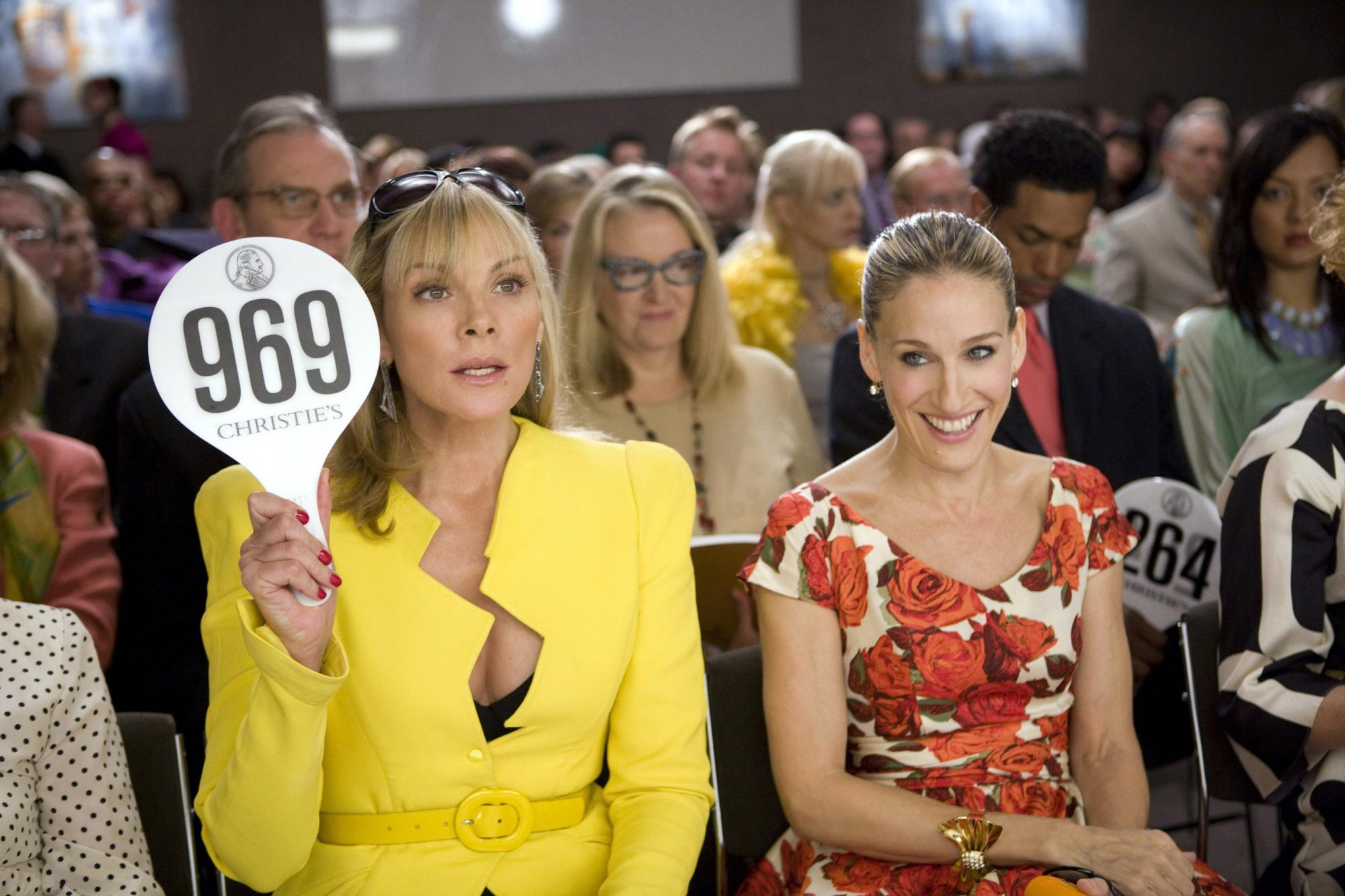 SEX AND THE CITY: THE MOVIE, foreground: Kim Cattrall, Sarah Jessica Parker, 2008. ©New Line Cinema/