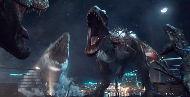5. The dinosaurs Fight to the Death in Jurassic World