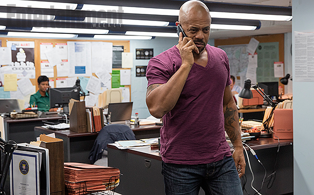 Detective Abe Gaines (Rockmond Dunbar)