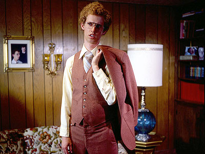 Napoleon Dynamite | Gawky doofus Napoleon Dynamite (Jon Heder) spends his days tending to his pet llama, Tina, working on his ninja skills, and wearing the most tragic…
