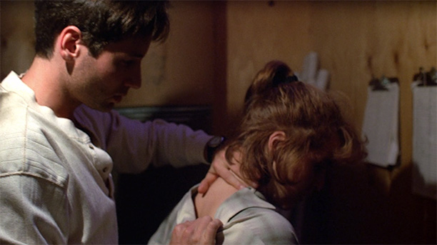 Mulder Wants to Trust Scully (Season 1, Episode 8)