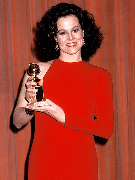 Sigourney Weaver, Golden Globes | Sigourney Weaver racked up two awards in '89: Best Supporting Actress for Working Girl , and — as part of a three-way tie with Shirley…