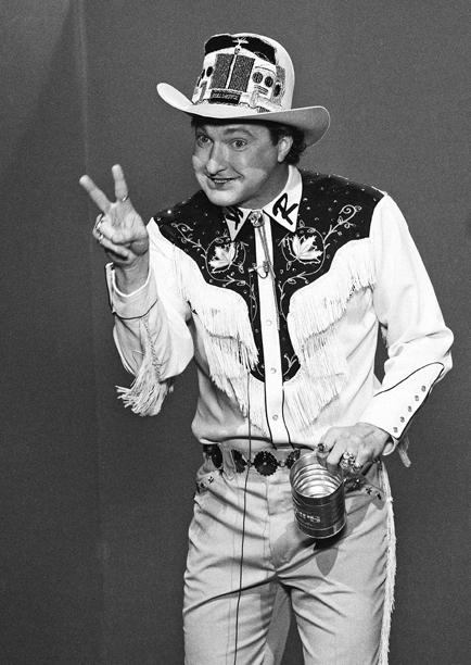 20. Randy Quaid (1985-1986)