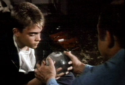 St. Elsewhere | 2. ST. ELSEWHERE (1982-1988) The finale showed us the autistic son of hero Dr. Westphall (Ed Flanders) playing with a snow globe, lost in thought.…