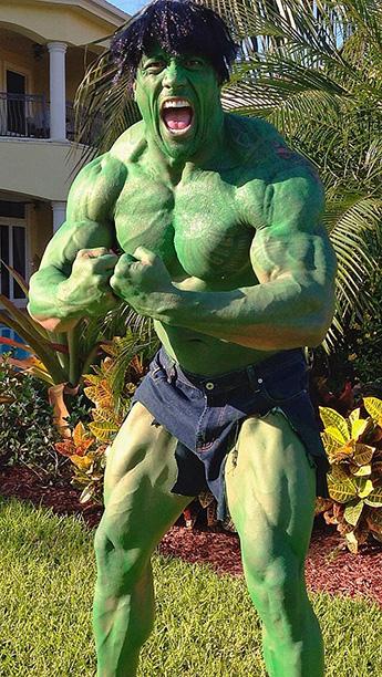 """Dwayne """"The Rock"""" Johnson as The Incredible Hulk"""