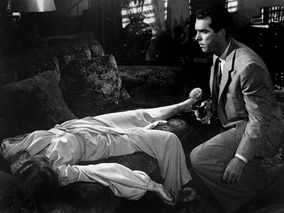 Double Indemnity, Barbara Stanwyck, ... | Before he became TV's iconic dad, MacMurray was pleasurably sleazy in 1944's Double Indemnity and the epitome of corporate soullessness in 1960's The Apartment .