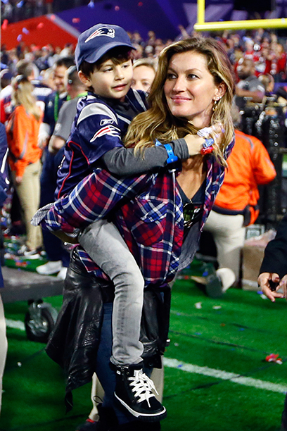 Gisele Bundchen and Benjamin Brady at Super Bowl XLIX (New England Patriots vs. Seattle Seahawks) in 2015