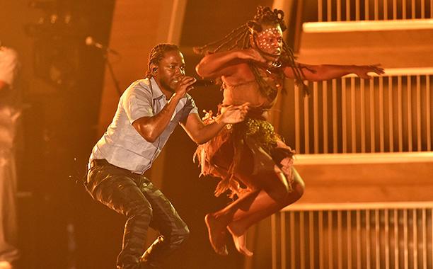 Kendrick Lamar Performs