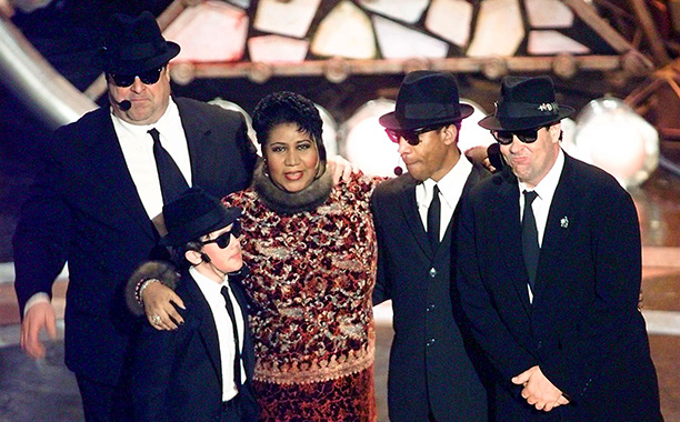 Aretha Franklin Sings Opera, filling in for Pavarotti, 1998 Grammys