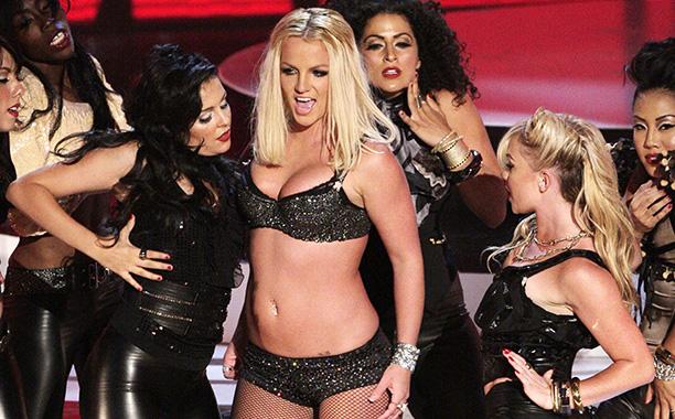 Britney Spears Mounts Her Comeback, 2007 VMAs