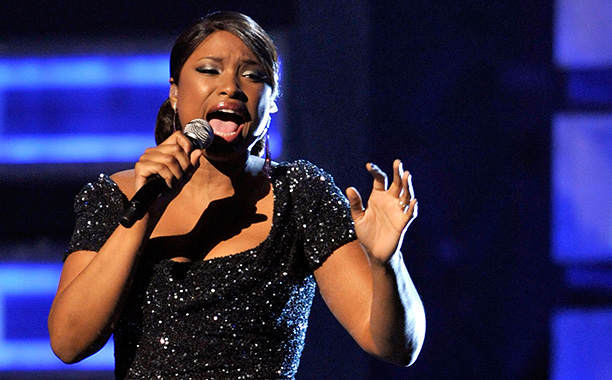 """Jennifer Hudson Performs Emotional """"You Pulled Me Through"""" After Murders of Her Mother, Brother, and Nephew, 2009 Grammys"""