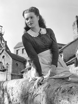 How Green Was My Valley, Maureen O'Hara | The fiery redhead shone as a Welsh miner's daughter in 1941's How Green Was My Valley and sparkled while sparring with John Wayne in the…