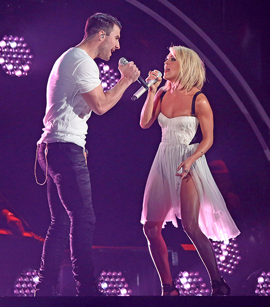 """Sam Hunt and Carrie Underwood, """"Take Your Time / Heartbeat"""""""
