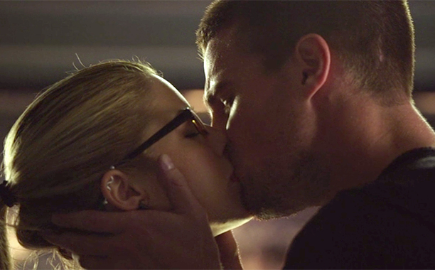 Oliver and Felicity, 'Arrow' (Season 3, Episode 1)