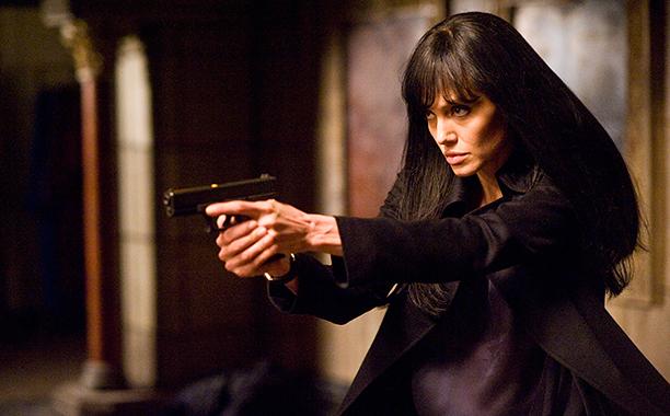 Angelina Jolie as Evelyn Salt, Salt