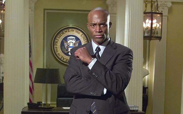 Taye Diggs (Secret Service Agent Wesley Davis)