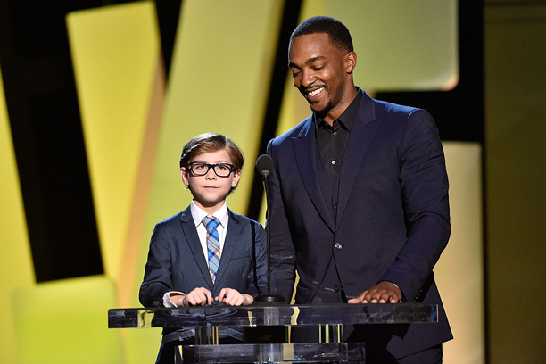 Presenting With Falcon (a.k.a. Anthony Mackie)