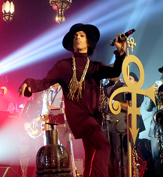 Prince Performing on March 8, 2014