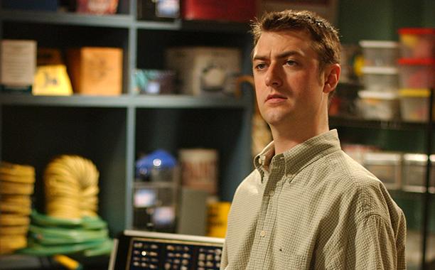 Sean Gunn (Kirk Gleason)