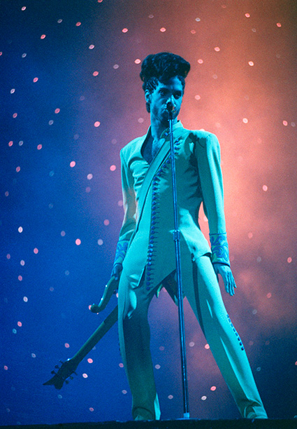 Prince Performing on June 15, 1992