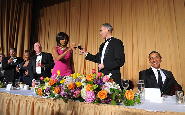 First Lady Michelle Obama Toasts Tom Curley With President Barack Obama