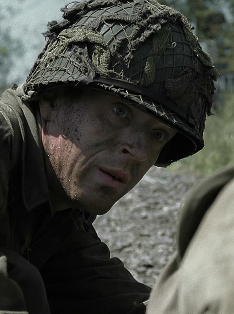Ten episodes follow the path of the U.S. Army's Easy Company from D-Day preparations to the aftermath of Hitler's defeat during World War II. Fresh…