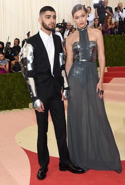 Zayn Malik and Gigi Hadid (in Tommy Hilfiger)