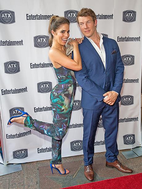 Ana Ortiz and Eric Mabius