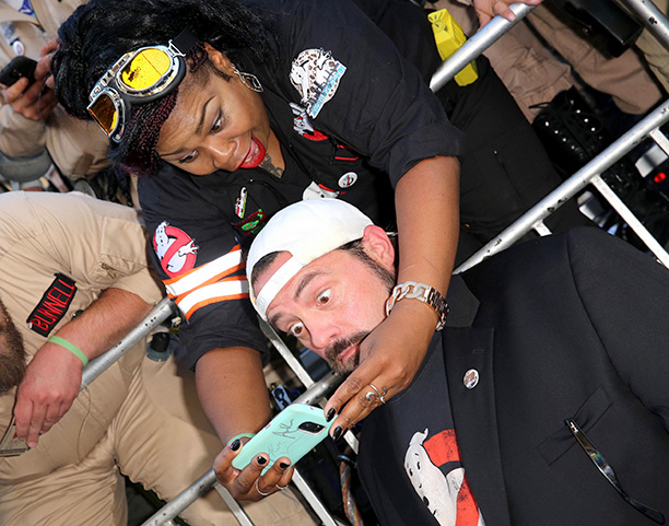 Kevin Smith With Ghostbusters Fans