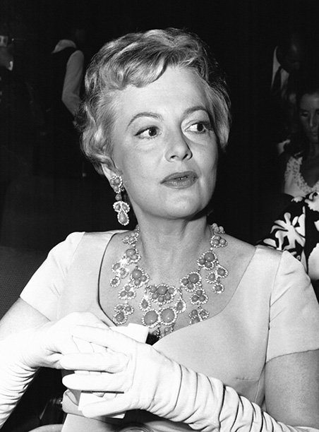 Olivia de Havilland in Rome in 1968