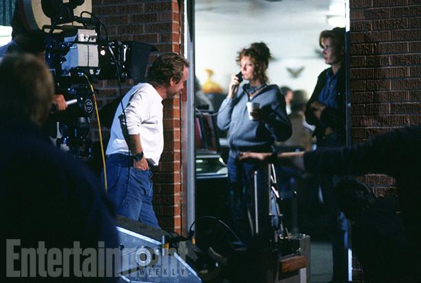 Director Ridley Scott, Susan Sarandon and Geena Davis Film an Evening Scene