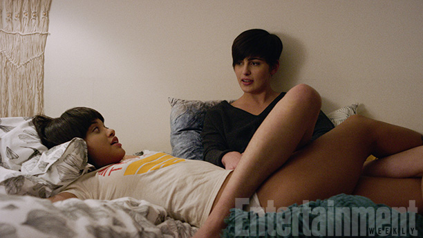 Kiersey Clemons and Jacqueline Toboni in Easy
