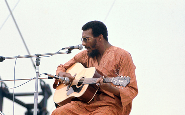 Richie Havens Performing at Woodstock