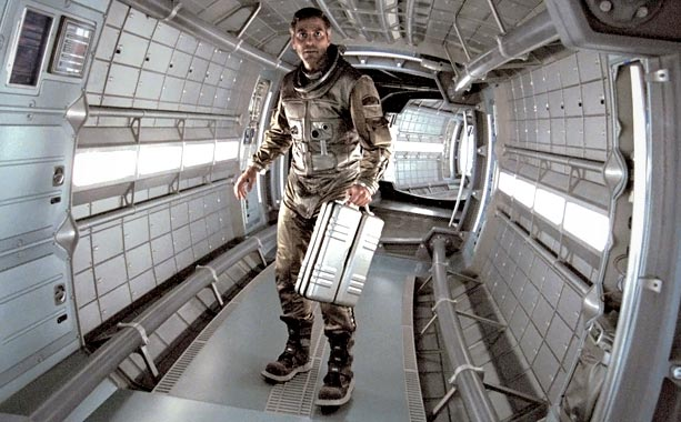 George Clooney, Solaris (Movie - 2003) | In some cases, it?s not the suit, it?s the man wearing it. In director Steven Soderbergh?s 2002 remake of Solaris , space psychologist Chris Kelvin…