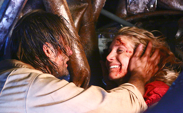 """Juliet to Sawyer in """"LAX"""" on Lost"""