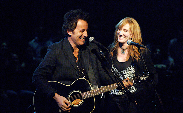 Bruce Springsteen With Patti Scialfa Taping VH1 Storytellers in 2005